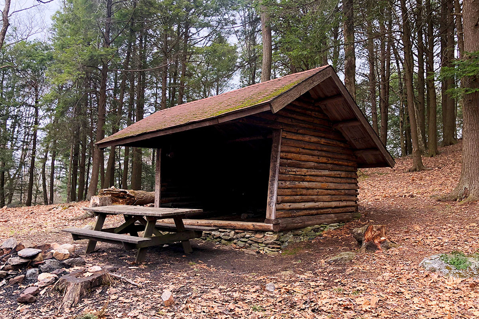 Trailside shelters are great for shoulder season hiking when rain and mud tend to be at their worst. | Credit John Lepak