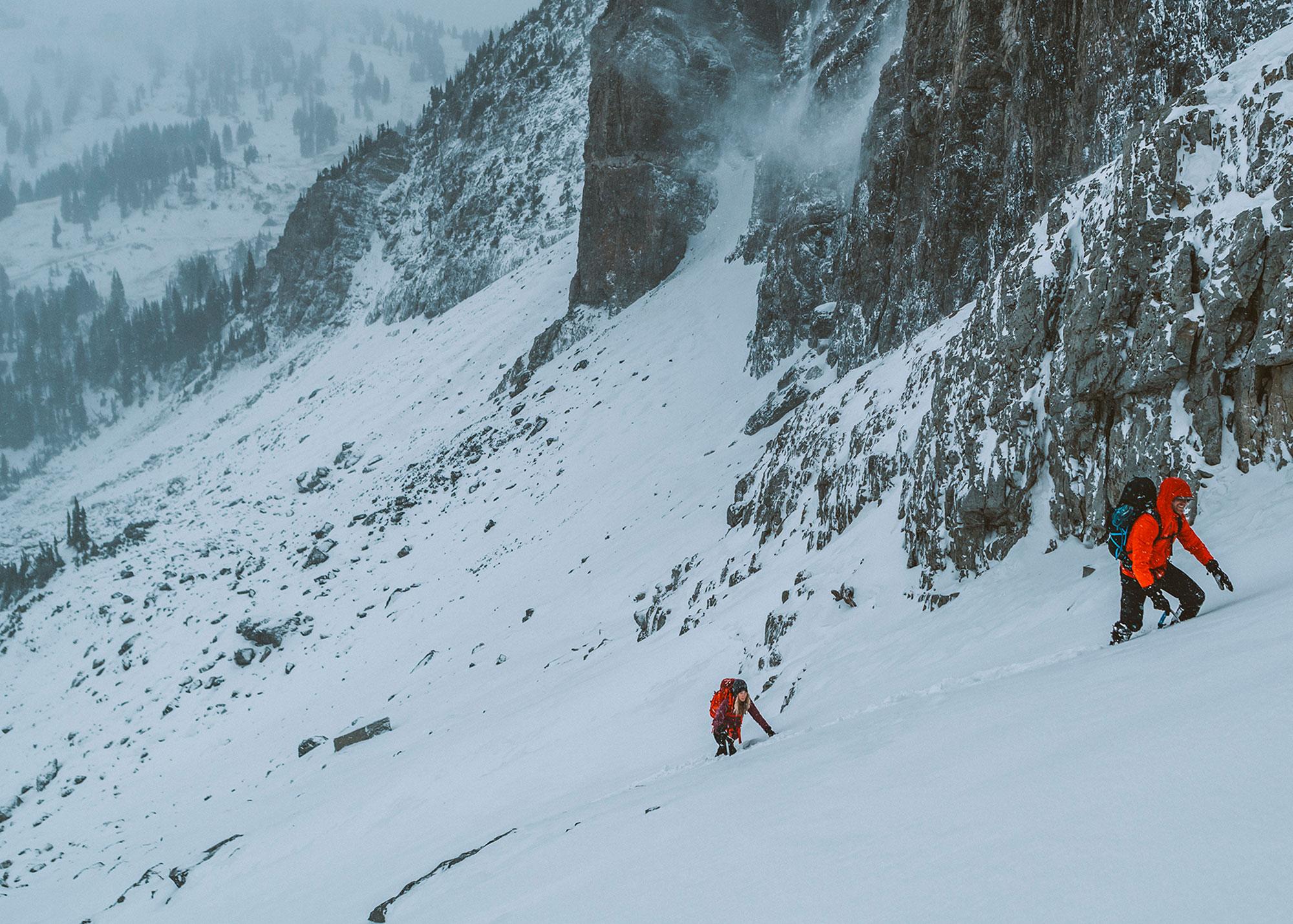 W17_Mountaineering_AlpineAscender_M_PrimaPack_W_Kemple---EMS---F17---2067-copy