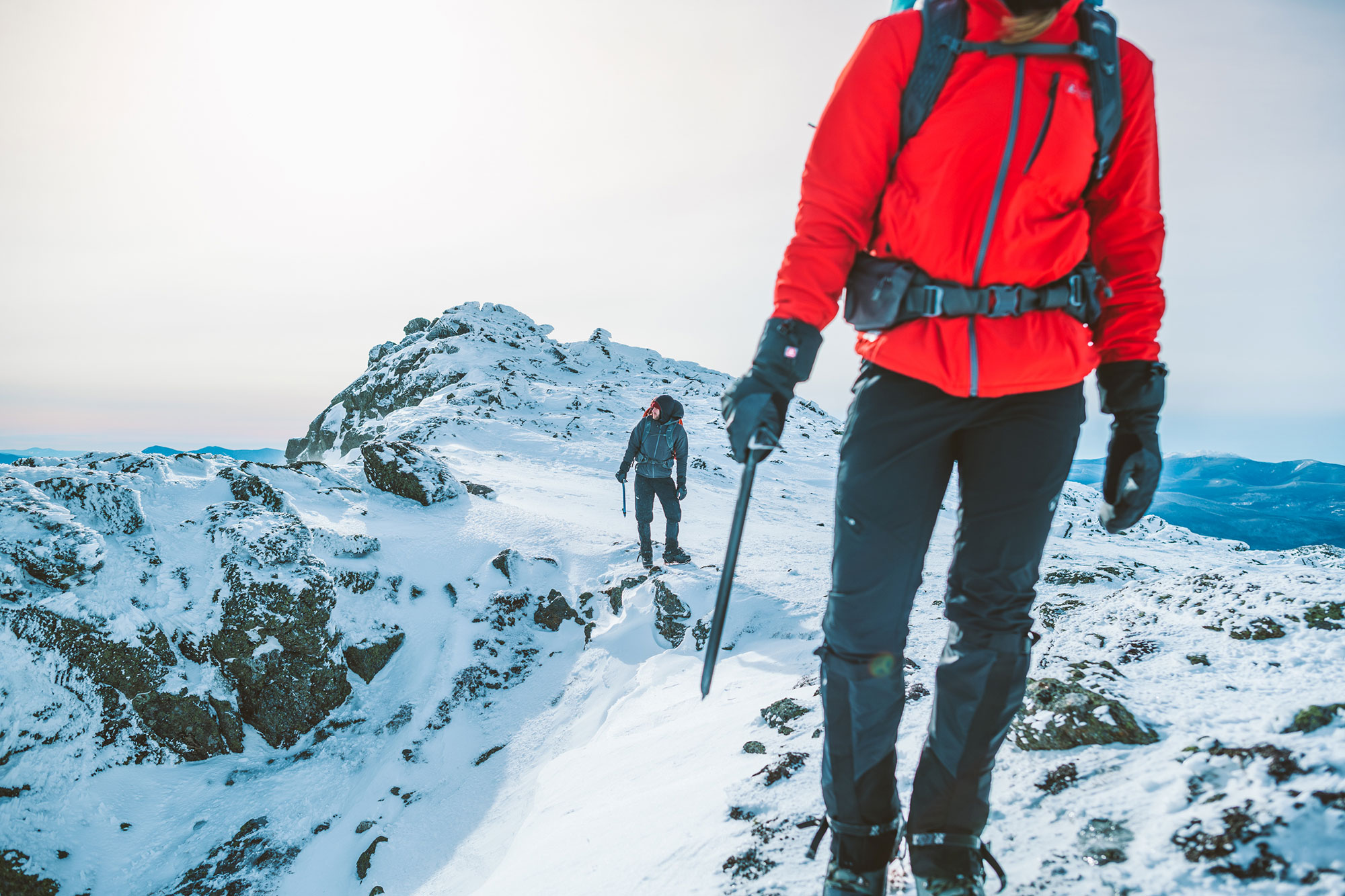 2019-01-EMS-Kemple-Conway-8463_Mountaineering_AlpineAscender_PinnaclePant